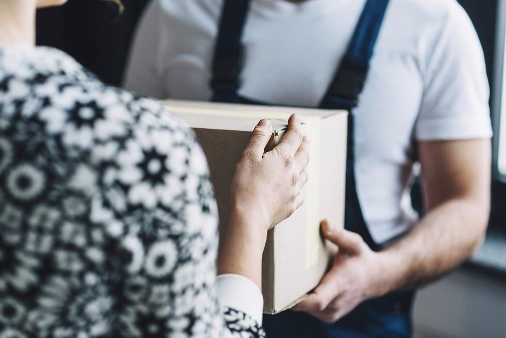 Quer que seus pedidos cheguem até seus clientes com máxima eficiência e agilidade? Então, conheça em nosso post 7 motivos para adotar a entrega expressa já!