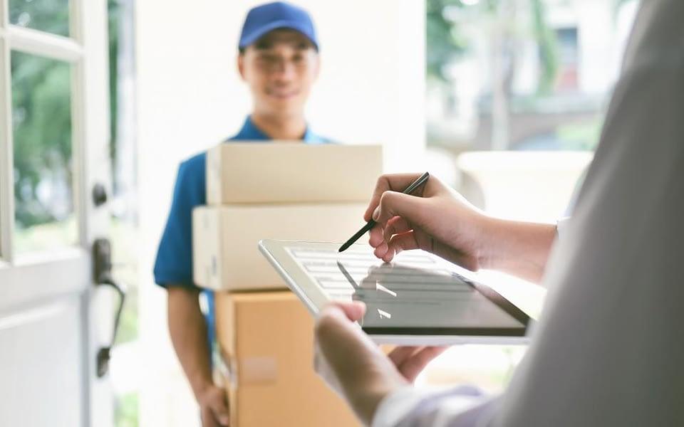 Quer melhorar sua gestão de entregas? Entenda em nosso artigo em quais momentos a tecnologia pode lhe ajudar com esse objetivo.