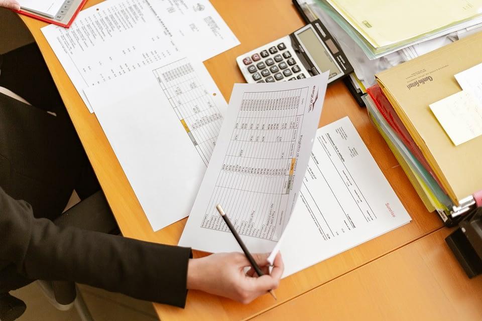 O conceito paperless prega a redução do uso de papel e transforma a operação, trazendo os processos para a era da logística 4.0. Saiba mais.