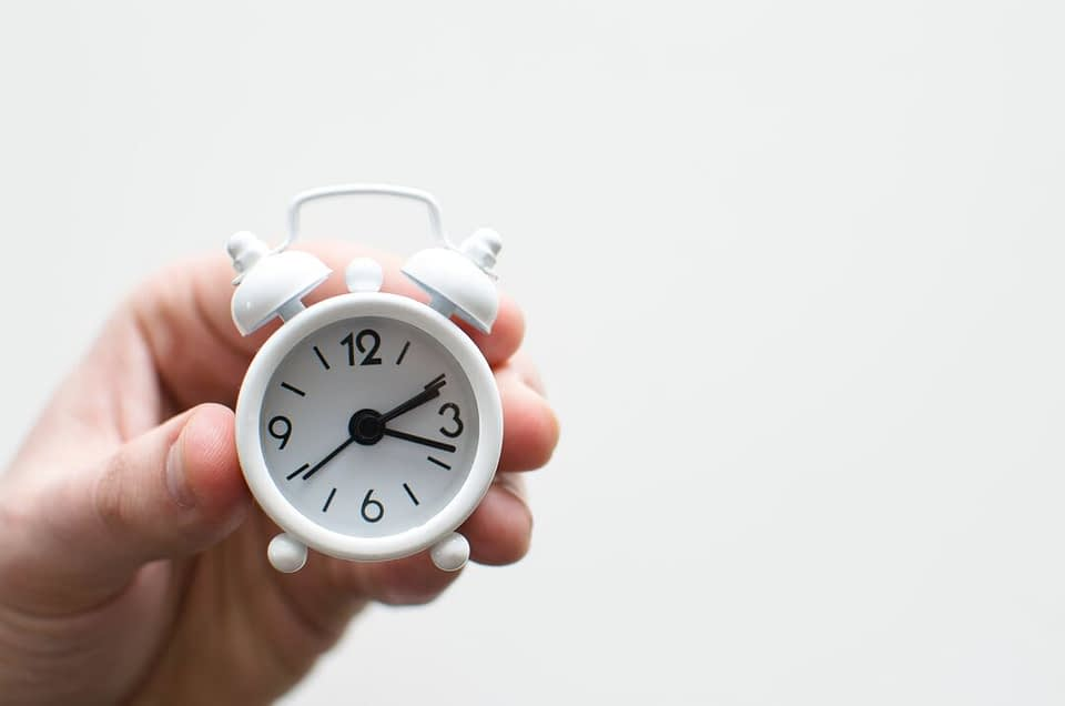 Você já ouviu falar em lead time? Descubra em nosso artigo como esse KPI pode ajudar na otimização de processos e redução de custos no seu negócio.